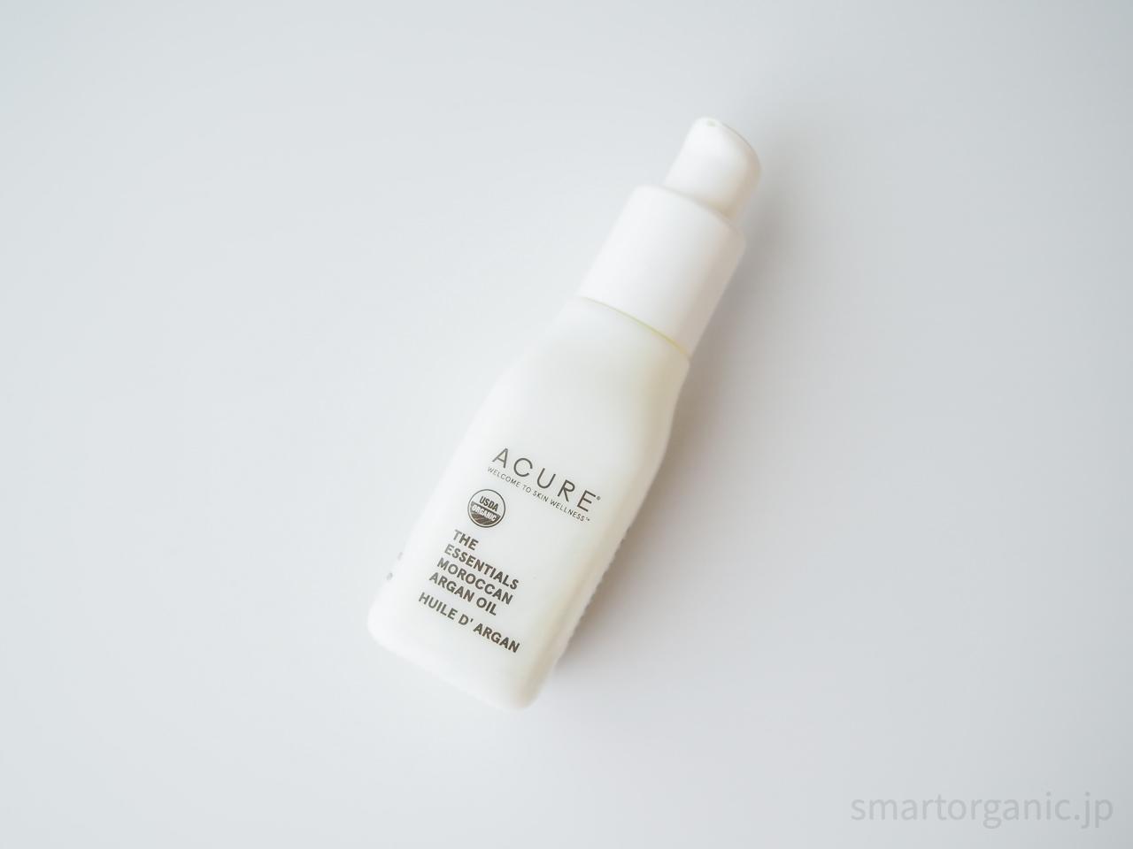 白色の瓶がシンプルで可愛い
